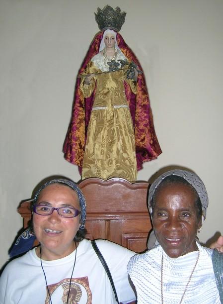 Camareras de la Virgen de Caná, patrona del obispado de Tete